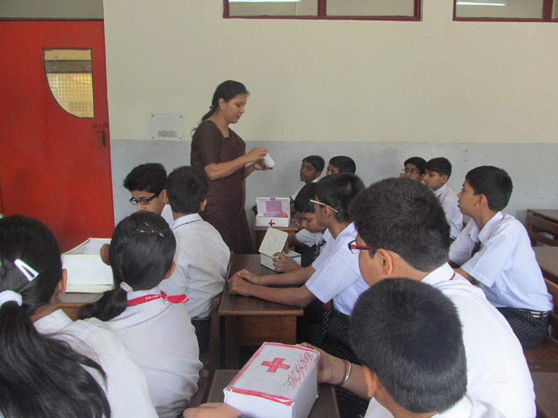 WORKSHOP ON FIRST-AID BY HEALTH & HYGIENE CLUB ON 15-05-2014